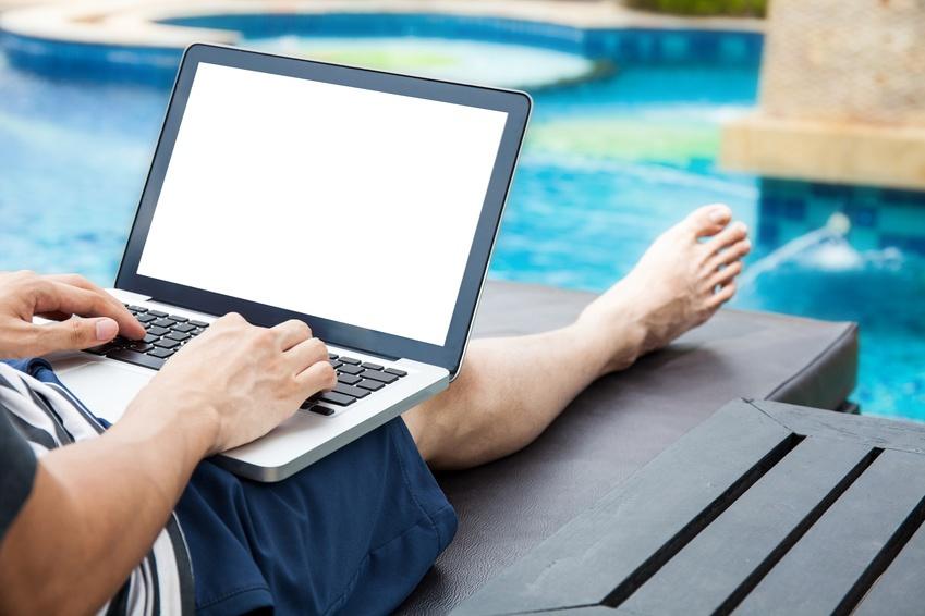 Près de 8 Français sur dix ne parviennent pas à se « déconnecter » de leur travail pendant leurs congés…
