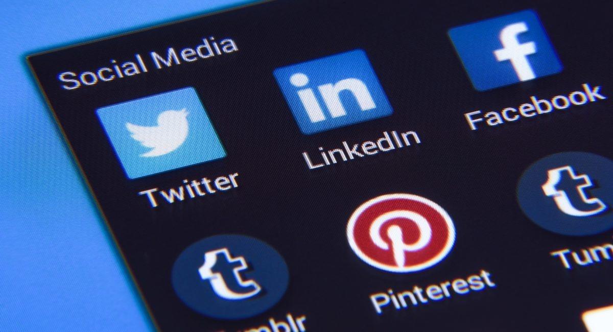 Passer beaucoup de temps sur les réseaux sociaux nuirait à la prise de décision.