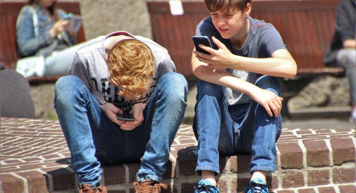 Un jeune sur quatre serait dépendant de son smartphone