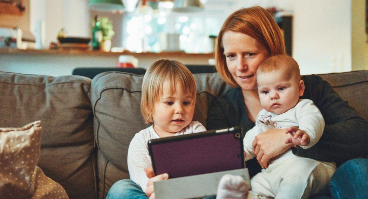Etude : les parents face à l'épreuve du numérique