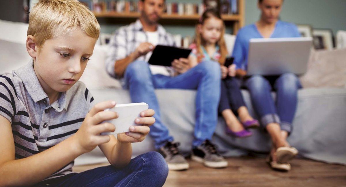 Ecrans et enfants : les recommandations du Haut Conseil de la Santé publique