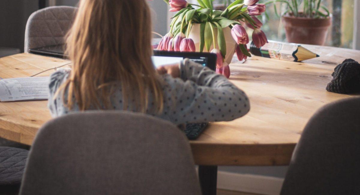 Le temps d'écrans : un sujet de préoccupation majeure pour les parents en période de COVID