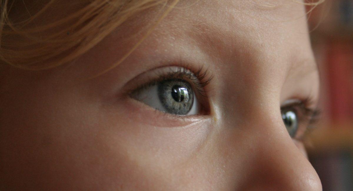 Confinement : un risque accru de myopie pour les enfants ?